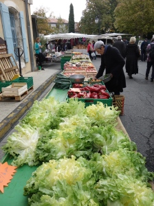 Scenes from the Sunday market in L'isle sur la Sorgue.